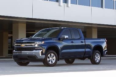 2019-Chevrolet-Silverado-ront_Left